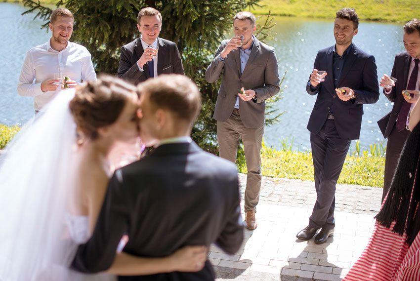 Когда кричат сладко на свадьбе