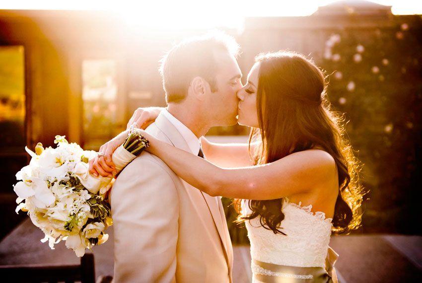 Поцелуи на свадьбе