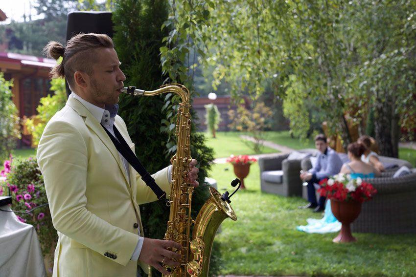 Саксофонист на свадьбу